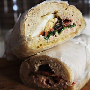 Super Sanduíche de Atum (receita especial para piquenique)