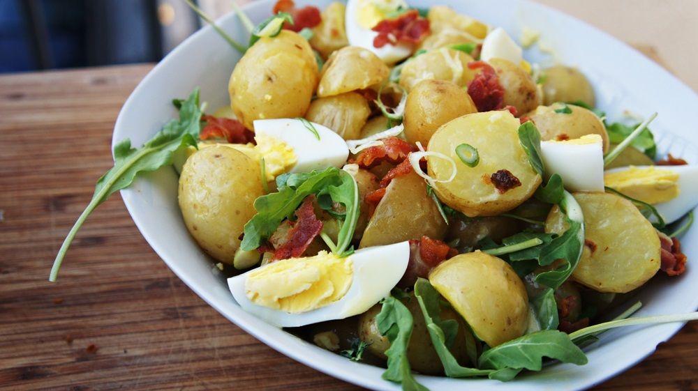 Receita de Salada de Batata Bolinha com Bacon