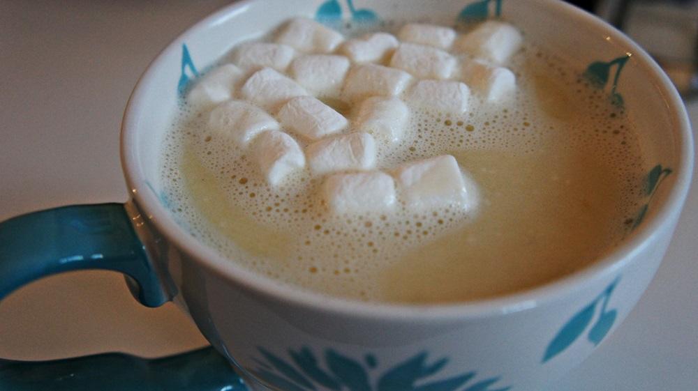 receita-de-chocolate-quente-branco