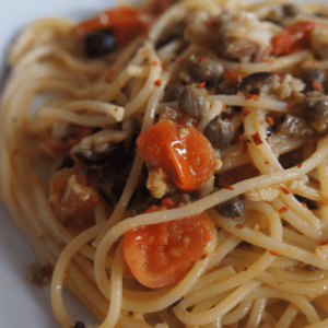 Espaguete com Sardinha Portuguesa