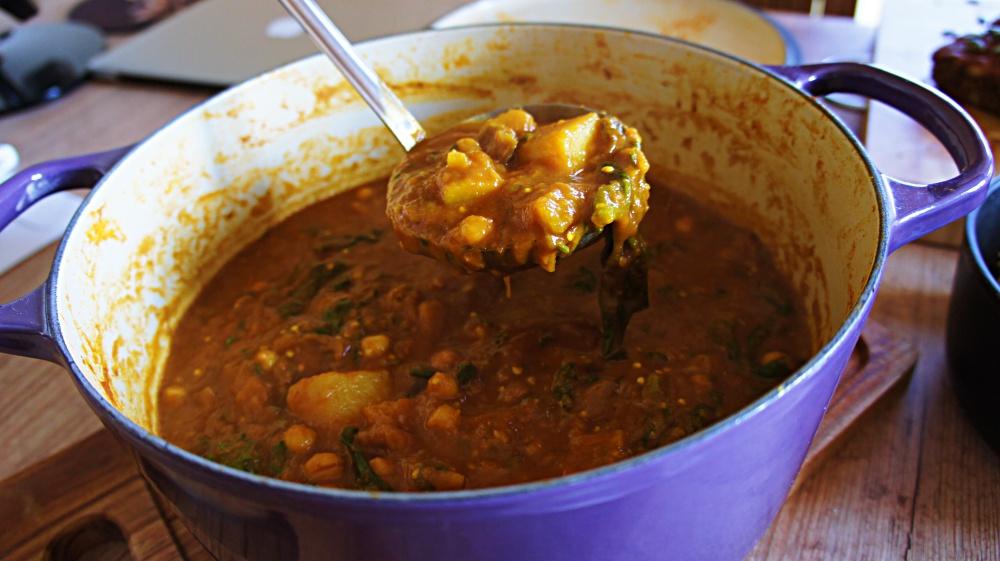 Receita de Ensopado de Legumes com Espinafre e Grão de Bico