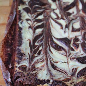 Bolo Mármore de Chocolate e Cheesecake